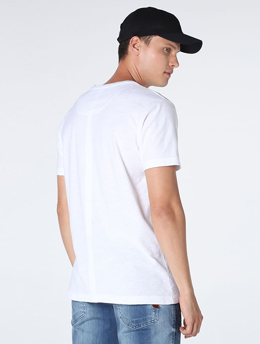 CS011705_001_4-105-MOBILE-CAMISETA-TEXTURA-QUADRICULADA-BRANCO