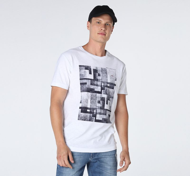 CS011705_001_5-105-DESK-CAMISETA-TEXTURA-QUADRICULADA-BRANCO