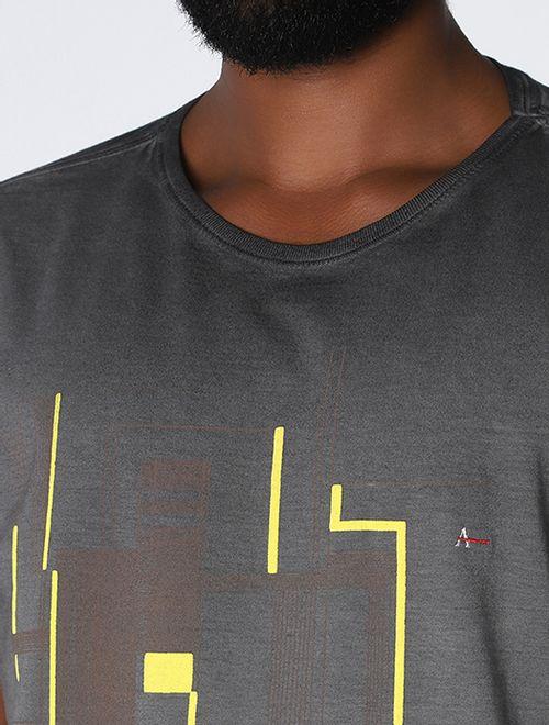 Camiseta Linhas Tinto a Seco Preto