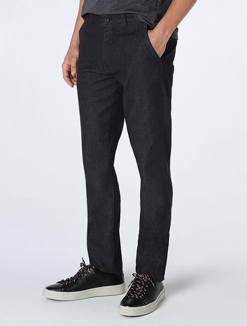 Calça Jeans Com Bolso Faca e Com Bolso Embutido Básica Preto