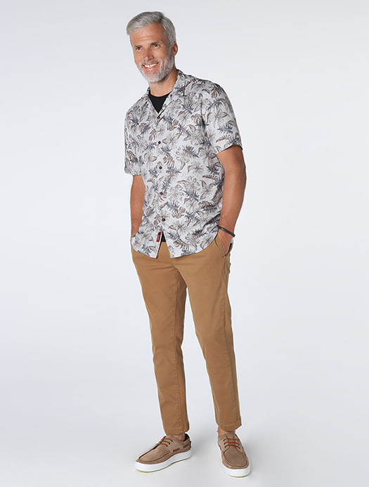 MC280251_005-035_3-105-MOBILE-CAMISA-SLIM-RESORT-CINZA-MARROM