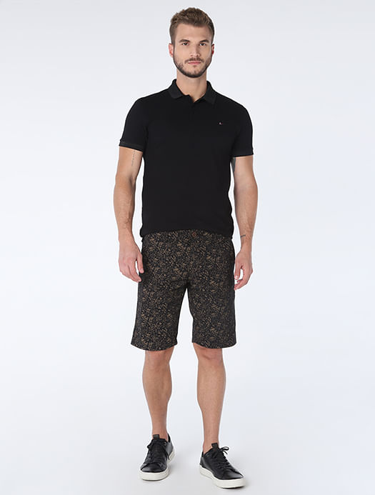 BE070818_007-021_3-105-MOBILE-BERMUDA-CHINO-MINI-FLORAL-PRETO-C--CAQUI