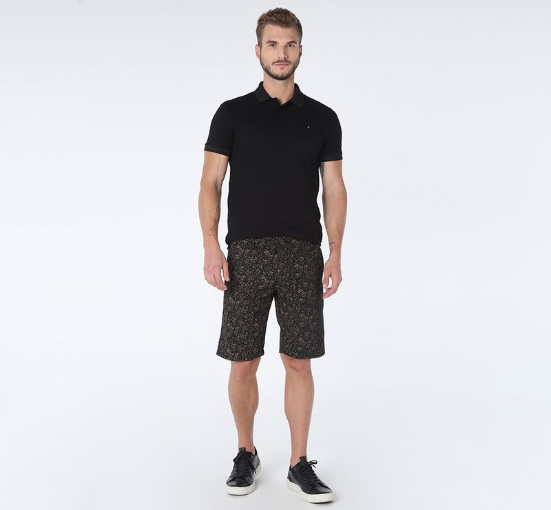 BE070818_007-021_7-105-DESKTOP-BERMUDA-CHINO-MINI-FLORAL-PRETO-C--CAQUI
