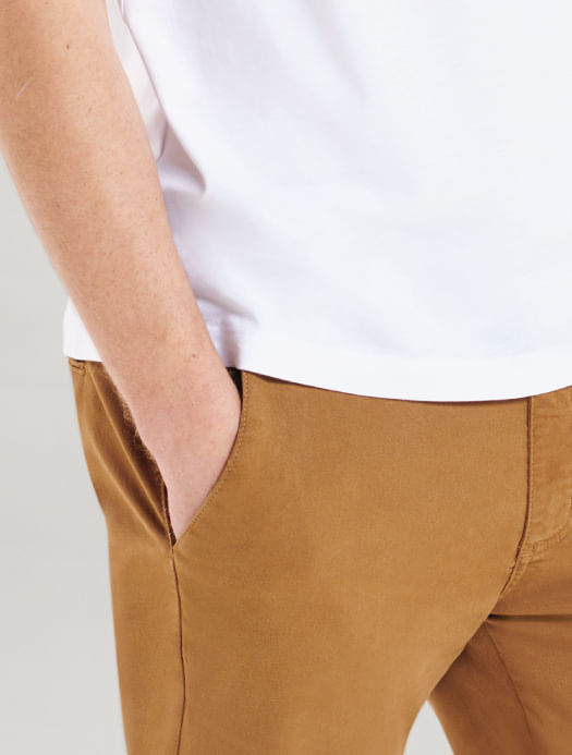 CL090130_021_3-MOBILE-105-CALCA-CHINO-COLOR-ARAMIS