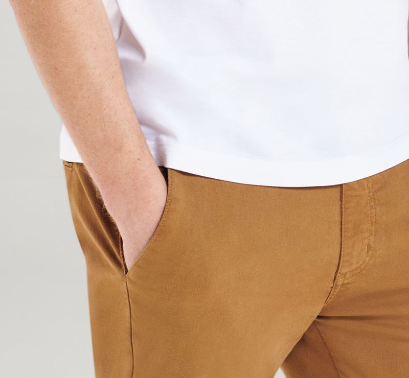 CL090130_021_7-DESK-105-CALCA-CHINO-COLOR-ARAMIS