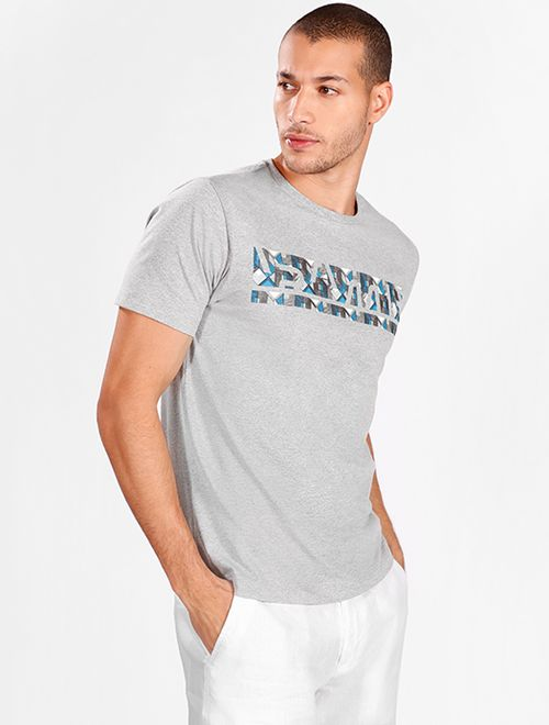 Camiseta Geométrica Relevo Cinza Mescla