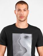 CS011856_007_3-MOBILE-106-CAMISETA-CITY-PRETO