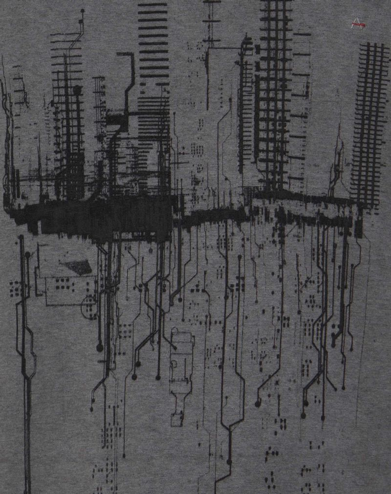 CS011983_016_9-ULTRAZOOM-107-CAMISETA-ROOTED-CITIES-PA--STILL-