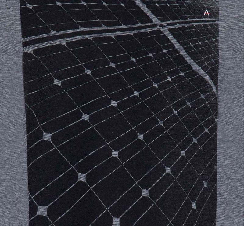 CS011990_007_6-DESK-107-CAMISETA-PLACA-DE-ENERGIA-PA--STILL-